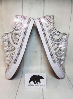New Bridal Party Shoes Converse 67 Ideas Converse Design, Bling Converse, Converse Chuck, Rhinestone Converse, Sparkly Shoes, Bling Shoes, Prom Shoes, Wedding Sneakers, Wedding Shoes