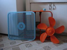 Revamp your ugly old fan!  Too cool.  You know, I have one of these ol' box fans...