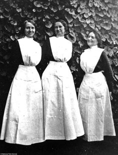 The true pioneers of the American West were thousands of young women known as Harvey Girls who worked at ground-breaking rail station diners in the Grand Canyon Hotels, Grand Canyon Railway, Harvey House, Harvey Girls, Female Hero, Power Dressing, Married Men, Independent Women, Women In History