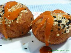 Gluten free vegan - Protein-rich falafel recipe served with scrumptious chilli sauce to tantalise taste buds #tantalise #tastebuds #falafelandchillisauce #yumyum #glutenfree
