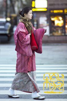 A beauty wearing kimono on the street of Ginza, Tokyo, Japan.  from 写真 (shashin) in love  Photo © Flavio Gallozzive