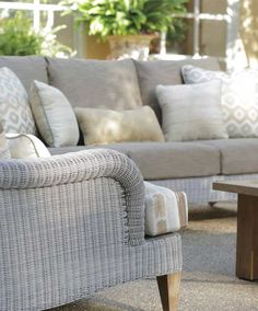 London - Outdoor Furniture