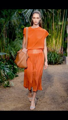 #Hermes #londonfashionweek #lfw #springsummer14 #springtrends #summertrends #springfashion #summerfashion #ss14 #trends #womensfashion #catwalk #ss2014 #fashion #style #catwalktrends #runway