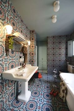 "KISMET's ZOCALO tile in a tres chic Parisian salle de bain created by LSL Architects. 8 x 8"" cement tile; color customizable. Moroccan Design, Moroccan Tiles, Moroccan Lanterns, Moroccan Decor, Free Standing Sink, Black Tile Bathrooms, Oak Parquet Flooring, Metal Sink, Custom Shutters"