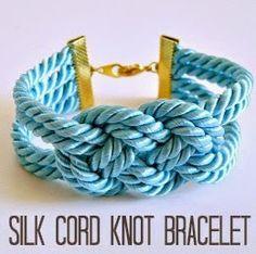 Dans le Lakehouse: Easy DIY Knotted Cord Bracelet