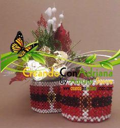 NAVIDAD - CREANDOCONADRIANA Beads, Christmas Ornaments, Holiday Decor, Home Decor, Hand Lettering, Ideas, Pearls, Felt Patterns Free, Light Installation