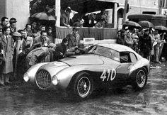 "Marzotto's Ferrari 212 Export ""Uovo"" by Carrozzeria Fontana raced in the 1951 Mille Miglia. The coachwork is said to have horrified Enzo Ferrari. Sports Car Racing, Sport Cars, Race Cars, Auto Racing, Vintage Racing, Vintage Cars, Antique Cars, Ferrari Racing, Ferrari Car"