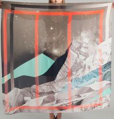 Foulard Monolythe 70 Multicolore Milleneufcentquatrevingtquatre en vente chez L'Exception