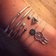 Composition de bracelet argent et turquoise - L'Atelier d'Amaya #bracelet #jewels #bijoux #turquoise