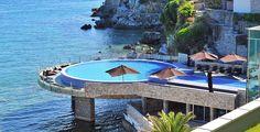 Montenegro ist ein echter Geheimtipp! Entdecke Budva, eine vielfältige Stadt!  Verbringe 3 bis 10 Nächte im 4-Sterne Hotel Avala Resort & Villas. Im Preis ab 359.- sind die Halbpension, der Wellness- und Saunazutritt sowie der Flug inbegriffen.  Hier kannst du das Ferien Angebot buchen: http://www.ich-brauche-ferien.ch/ferien-deal-ferien-in-montenegro-fuer-nur-359-buchen/