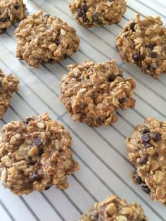 Believe it or not, as far as I can remember, I've never made Breakfast Cookies. So when I saw this recipe on Pinterest, I knew I had to try it.
