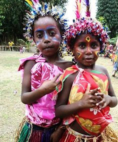 From a VSA photo essay on kastom (custom) dress for women in Vanuatu.