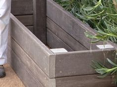 How To Build A Garden Storage Bench