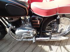 Barber Chair, Motorcycles For Sale, Vehicles, Decor, Dune, Decoration, Choppers For Sale, Car, Decorating