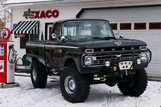 Love this! Just like my 66 F250 3/4 Ton Turbocharged 3oo cubic inch 6 cylinder 4x4 Monster, except mine was Bright Yellow and had a camper shell and that truck could take me places you wouldn't dare try walking or climbing through. I LOVED that Beast !