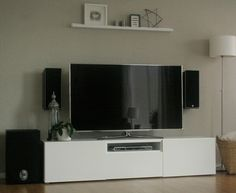 Hagenhuset: Tv-benk Flat Screen, Living Room, Deco, Tv, Home, Silver, Templates, Deko, Ad Home