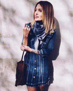 Caroline Receveur в Instagram: «Back to basics ! @letempsdescerisesjeans revisite ses produits iconiques dans une collection capsule, avec notamment cette petite robe denim. Big Crush ! #letempsdescerises»