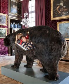 Abraham Poincheval Lived Inside a Bear for Two Weeks French artist Abraham Poincheval spent thirteen days inside a taxidermy bear for his latest performance art 'Dans La Peau de L'Ours' Inside the Skin of the Bear, at Musée de la Chasse et de la Nature in Paris.