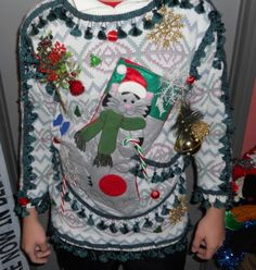 31 Ugly Christmas Sweater Ideas...to put a smile on yo face!!!!!!