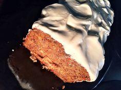 Κέικ χωρίς ζάχαρη με μπανάνα και καρότο και μέλι - ION Sweets My Recipes, Cake Recipes, Favorite Recipes, Bread Cake, Muffins, Food And Drink, Pie, Sweets, Baking
