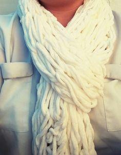 Echarpe tricot bras en 30 minutes