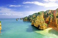 Time to #travel. Ever #wondered to have a #great #travel to #Lagos? #Enjoy #Portugal