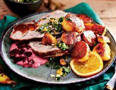 Das Rezept für Lamm mit Orangen-Gremolata und Rote-Bete-Dip und weitere kostenlose Rezepte auf LECKER.de