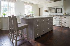 Стулья, которые можно поставить к кухонной столешнице