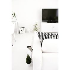 All white | julmys | my home