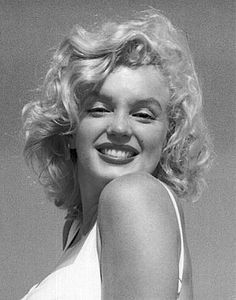 One of my favorite pictures of Marilyn photographed by Sam Shaw