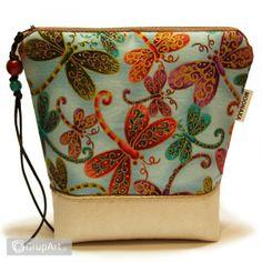 OC na rower Vogue, Bags, Fashion, Handbags, Moda, Fashion Styles, Fashion Illustrations, Bag, Totes