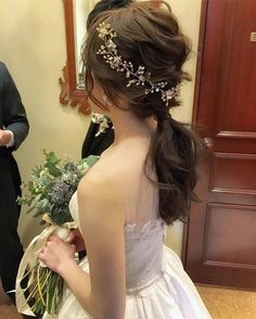 Crystal and Pearl Hair Vine Extra Long Hair Vine Bridal Hair Vine Wedding Hair Vine Crystal Hair Piece Bridal Jewelry Hair Vine Pearl Kristall und [.
