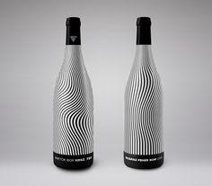 Концепт упаковки вина — сливерная этикетка