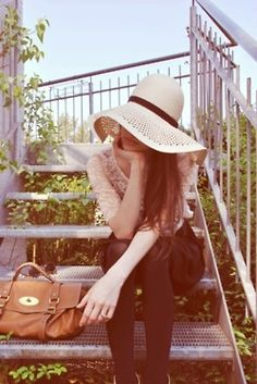 Can't wait to wear my floppy hats this summer. Floppy Sun Hats, Wearing A Hat, Cool Style, My Style, Girl With Hat, Summer Hats, Black Tights, Strike A Pose, Fashion Killa