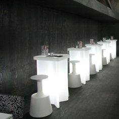 X2 - verlichte hoge tafel - geschikt voor trendy bars, events en hotels by Slide