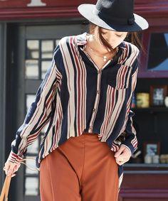 NEY(ニー)の「マルチストライプ柄・ゆったりシャツ(シャツ/ブラウス)」|ネイビー