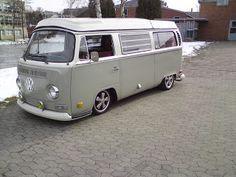 Classic Car News Pics And Videos From Around The World Volkswagen Transporter, Vw Bus T2, Volkswagon Van, Car Volkswagen, Bus Camper, Vw T1, Kombi Clipper, Kombi Hippie, Kombi Home