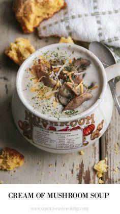 Cream of Mushroom Soup - Sandra's Easy Cooking Soup Recipes Porcini Mushrooms, Creamed Mushrooms, Stuffed Mushrooms, Stuffed Peppers, Mushroom Vegetable, Gourmet Recipes, Healthy Recipes, Mushroom Soup Recipes, Hot Soup