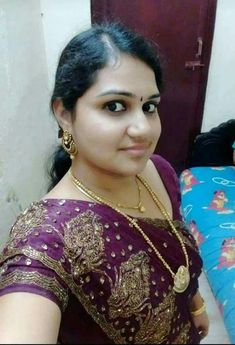 Hi iam call boy call me 9948537111 Beautiful Girl In India, Beautiful Women Over 40, Beautiful Girl Photo, Most Beautiful Indian Actress, Indian Natural Beauty, Indian Beauty Saree, Indian Sarees, Cute Beauty, Beauty Full Girl