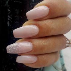 25 + ›You should stay up to date with the latest nail art designs, nail colors, acrylic nails. - You should stay up to date with the latest nail art designs, nail colors, acrylic nails. Ten Nails, Glitter Accent Nails, Pink Sparkle Nails, Pink Glitter, Nagel Blog, New Nail Designs, Sparkle Nail Designs, Accent Nail Designs, Latest Nail Art