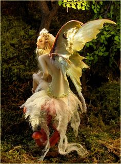 """Elves Faeries Gnomes: """"Mushroom by Forest Rogers, in Kato Polyclay. Fairy Dust, Fairy Land, Fantasy World, Fantasy Art, Kobold, Love Fairy, Fairy Dolls, Magical Creatures, Faeries"""