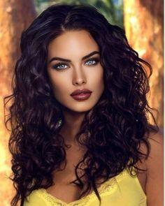 Most Beautiful Eyes, Stunning Eyes, Beautiful Women, Girl Face, Woman Face, Brunette Beauty, Hair Beauty, Belle Silhouette, Pretty Eyes