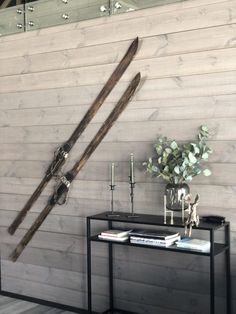 Lun hytte i Sogndal - Vyrk - Giannis Rustic Wood Walls, Scandinavian Living, Take Me Home, Most Beautiful Pictures, In The Heights, Cottage, Cabin, Interior, Image