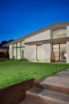 Exterior Paint Mid Century Design Ideas, Pictures, Remodel and Decor