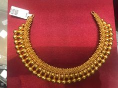 Gold Bangles Design, Gold Earrings Designs, Gold Jewellery Design, Gold Temple Jewellery, Gold Jewelry, Kerala Jewellery, Necklace Set, Gold Necklace, Gold Mangalsutra Designs