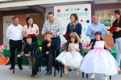 """Betín Rocha, Presidente del Sistema Municipal DIF de Jalpan, durante el evento de la """"Primavera 2017"""" en el Centro de..."""