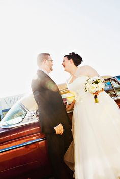 Jessica & John – DIY Vegas Wedding // Like the sleeves on this dress