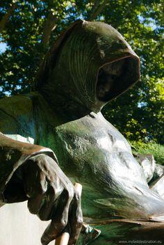 Conheça 10 estátuas verdadeiramente assustadoras ~ curiosityFlux