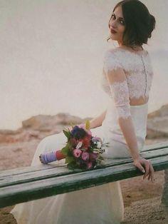 """Ρομαντικά νυφικά δαντέλα: """"d.sign by Dimitris Katselis"""" Real bride . Νυφικό από μεταξωτή μουσελίνα και γαλλική δαντέλα σε ρίγες ,απλικαρισμένη σε τούλι στο χρώμα του δέρματος. Νυφικό επηρεασμένο από την νέα τάση - φούστα και Crop top !"""