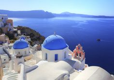 Live weather in Santorini. The latest and todays weather in Santorini, Greece updated regularly. Weather map for resorts in Santorini. Santorini Grecia, Santorini Travel, Santorini Island, Oia Greece, Santorini Wedding, Best Honeymoon Locations, Beach Honeymoon Destinations, Romantic Destinations, Honeymoon Spots